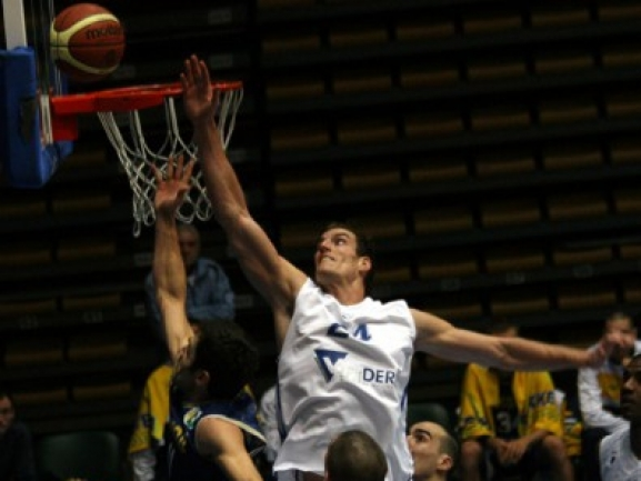 Levski′s Justin Eller out for the season with torn ACL
