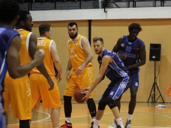 Photo-gallery from the game KB Bashkimi - BC Akademik Bultex 99