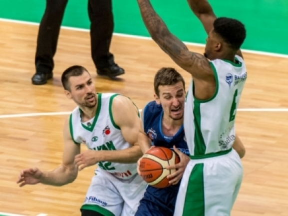 Domestic leagues: Akademik lost the semifinal series