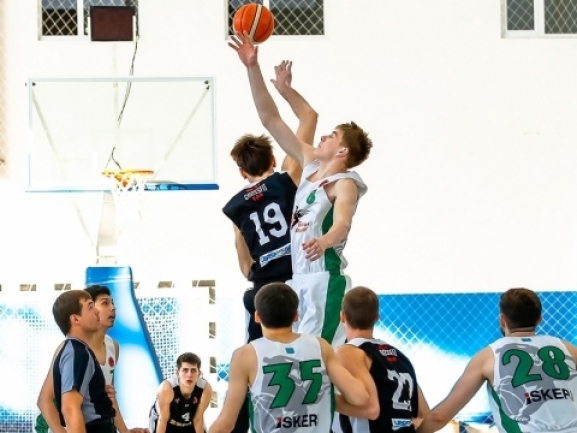 Domestic leagues: BC Barsy Atyrau finished the Regular season with two wins
