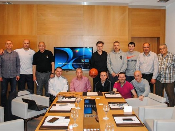 The referees with a meeting before the start of the Final 4