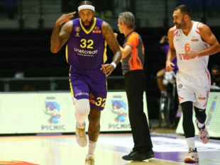 Great offensive display leads Hapoel Holon to another win