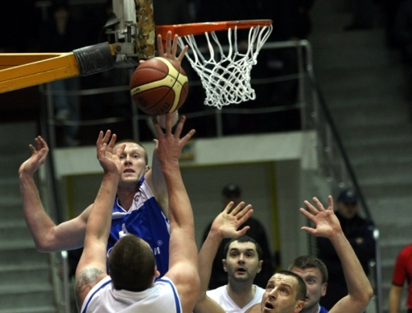 Domestic leagues: Levski with a surprising loss in Pleven