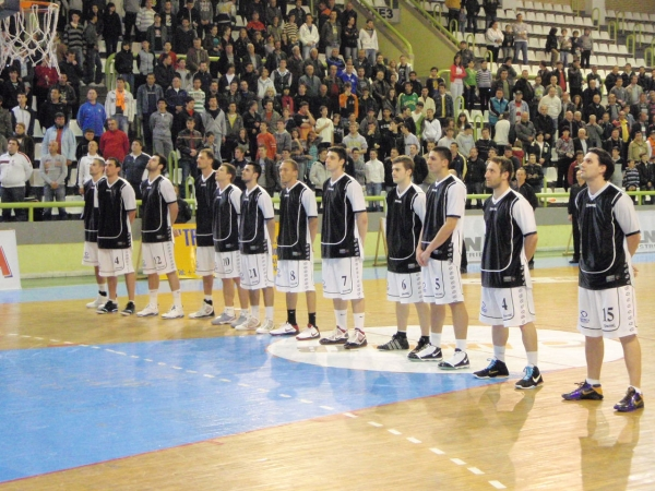 No troubles for Feni against Metalac